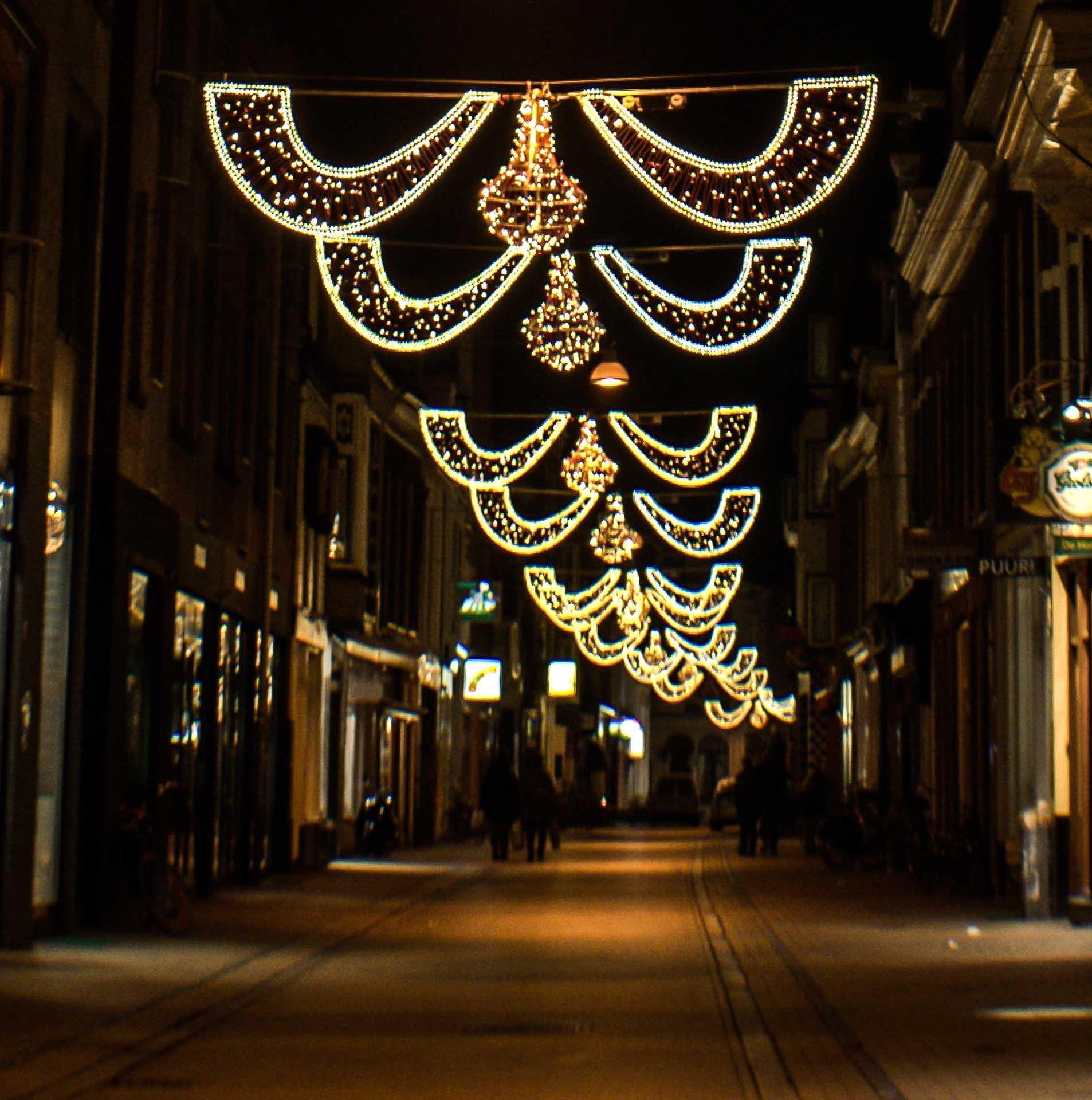 Winkelstraat Groningen met kerstverlichting