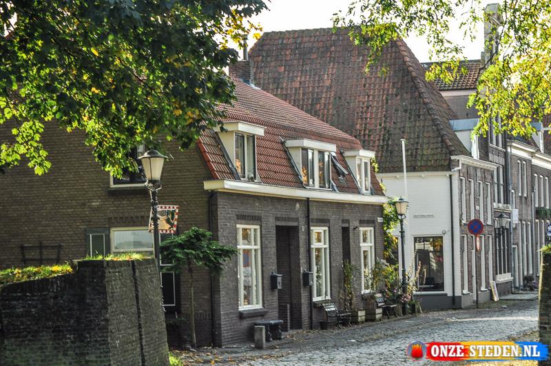 De Mheenpoortstraat in Elburg