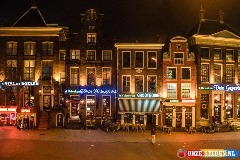 Een Stapgelegenheid aan de Grote markt in Groningen