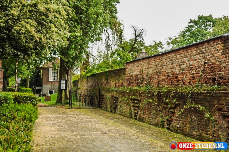 De Voorstraat (114) in Vianen