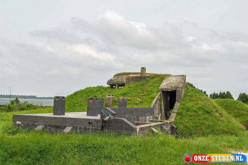 Een oude Bunker in Willemsatd