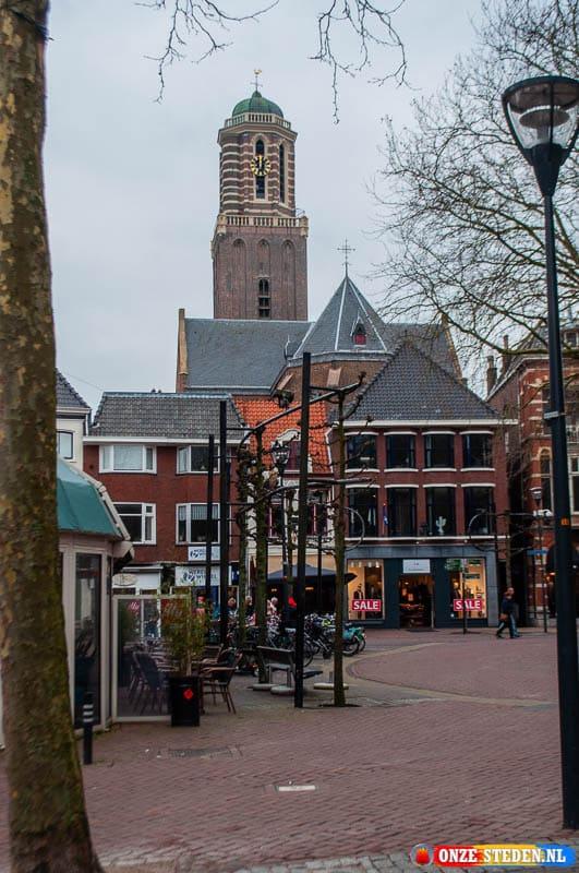 De Peperbus in Zwolle, vanaf Grote Kerkplein